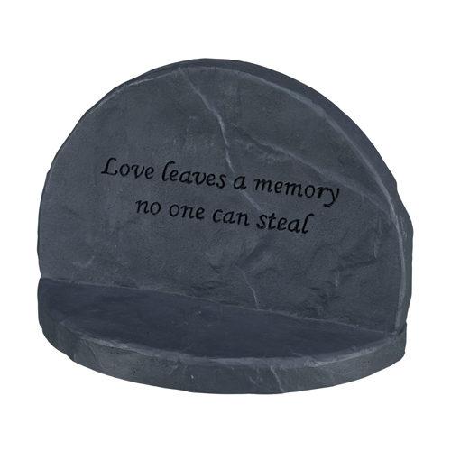 Trixie Love Stèle Commémorative