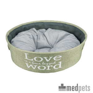 Product afbeelding van Trixie ''LOVE is a four Legged WORD'' Hondenmand