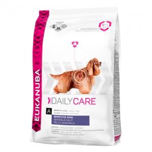 Eukanuba Sensitive Skin - Daily Care - Hond - 12 kg